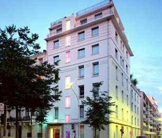 Ethical accommodation france responsible tourism for Upmarket hotel